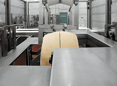 Компактная машина для разрезания на 2 шайбы сыра модель DSG01